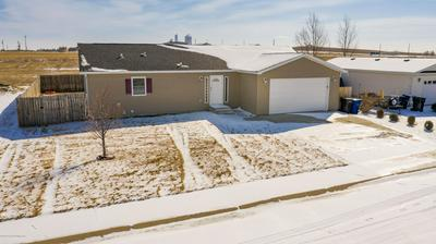 651 5TH AVE SE, DICKINSON, ND 58601 - Photo 2