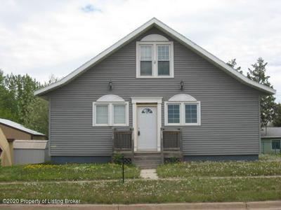 109 3RD AVE SW, Bowman, ND 58623 - Photo 1