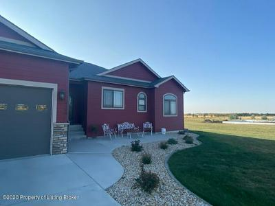 4129 111J AVE SW, Dickinson, ND 58601 - Photo 2