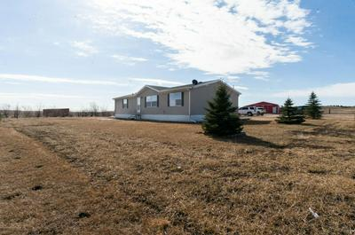 11698 44TH ST SW, DICKINSON, ND 58601 - Photo 2