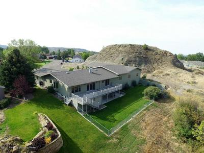5 KENSINGTON PL, GLENDIVE, MT 59330 - Photo 1