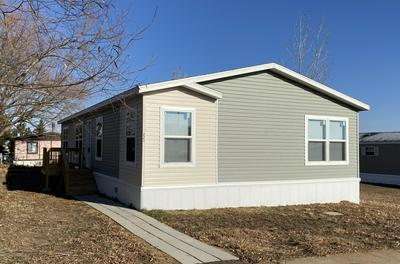 223 F ST, Dickinson, ND 58601 - Photo 1