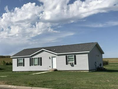605 JEANETTE AVE, Belfield, ND 58622 - Photo 1