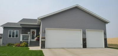 929 18TH AVE E, Dickinson, ND 58601 - Photo 1