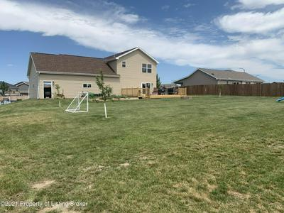 1271 WAHL ST, Dickinson, ND 58601 - Photo 2