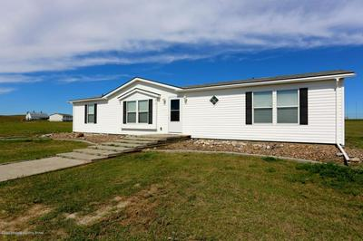 615 2ND AVE NW, Belfield, ND 58622 - Photo 1