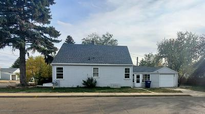 159 6TH AVE E, Dickinson, ND 58601 - Photo 2