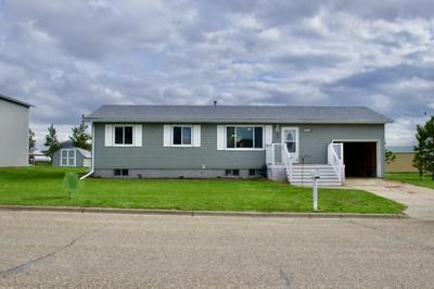 402 404 4TH SW AVENUE, Belfield, ND 58622 - Photo 2