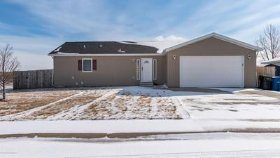 651 5TH AVE SE, DICKINSON, ND 58601 - Photo 1