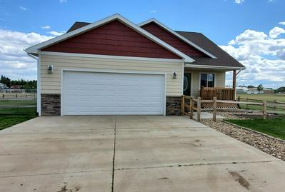 35 15TH ST. EAST, New England, ND 58647 - Photo 2