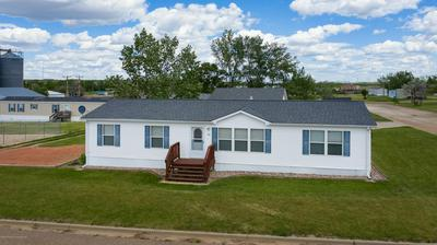 108 3RD ST SE, Belfield, ND 58622 - Photo 1