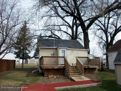 135 W BROADWAY ST, Dickinson, ND 58601 - Photo 1