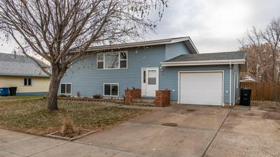 736 8TH ST E, Dickinson, ND 58601 - Photo 1