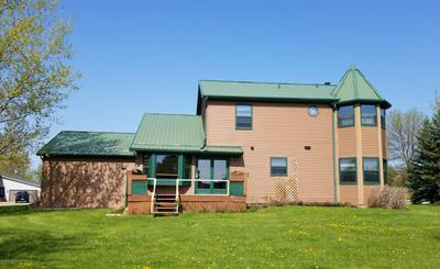 2014 6TH AVE NE, Beulah, ND 58523 - Photo 2
