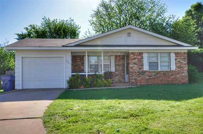 512 S 11TH ST, MARLOW, OK 73055 - Photo 1