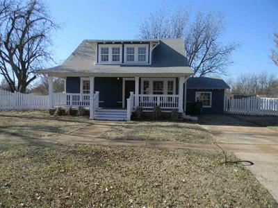 211 S 7TH ST, MARLOW, OK 73055 - Photo 1
