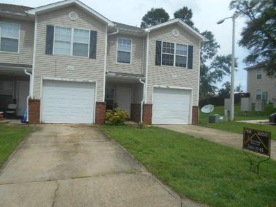 204 JOHNSON CT, Crestview, FL 32536 - Photo 1