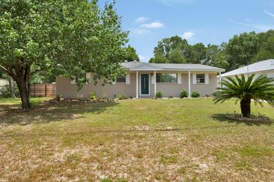 275 LINDBERG ST, Crestview, FL 32536 - Photo 1