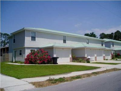 104 CHURCH AVE SE # C, Fort Walton Beach, FL 32548 - Photo 1