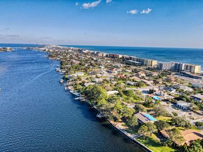 619 PELICAN DR, Fort Walton Beach, FL 32548 - Photo 2