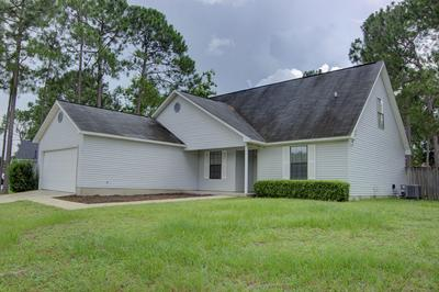 147 VILLACREST DR, Crestview, FL 32536 - Photo 2