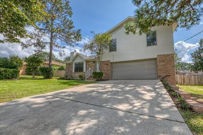 205 SOUTHVIEW DR, Crestview, FL 32536 - Photo 1