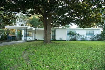363 GARDNER DR NE, Fort Walton Beach, FL 32548 - Photo 2