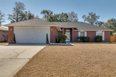 5920 ASHTON WOODS CIR, Milton, FL 32570 - Photo 1