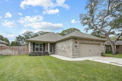 1558 HICKORY ST, Niceville, FL 32578 - Photo 1