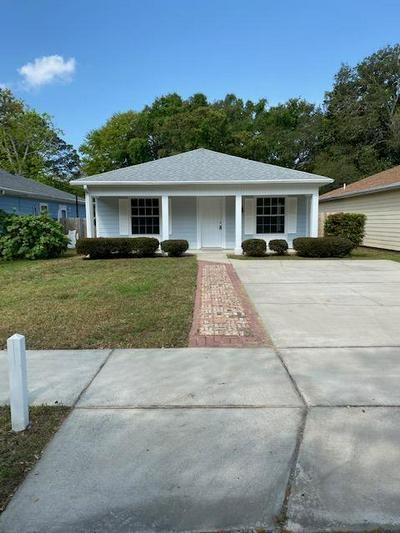 110 METHODIST AVE SE, FORT WALTON BEACH, FL 32548 - Photo 2
