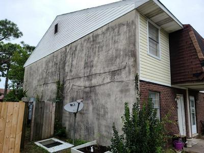 145 4TH AVE APT B8, Shalimar, FL 32579 - Photo 2