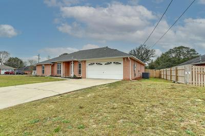 679 BRUNSON ST, Crestview, FL 32536 - Photo 2