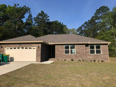 2614 BUTTERFLY ALY, CRESTVIEW, FL 32536 - Photo 1