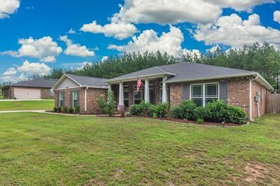 6547 WELANNEE BLVD, Laurel Hill, FL 32567 - Photo 2