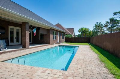 2021 FONTAINEBLEAU CT, Navarre, FL 32566 - Photo 2