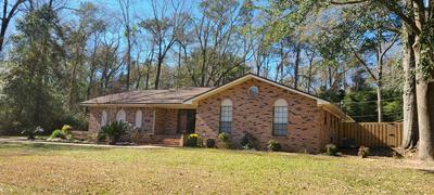 5986 DOGWOOD DR W, Crestview, FL 32536 - Photo 1