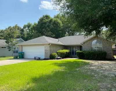 35 REGENT RD, Crestview, FL 32539 - Photo 1