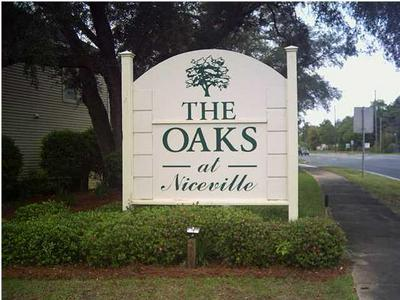 1501 PARTIN DR N APT 253, Niceville, FL 32578 - Photo 2