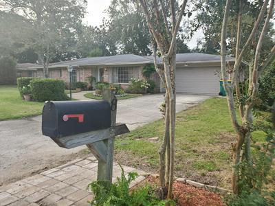 8 POPLAR AVE, Shalimar, FL 32579 - Photo 2
