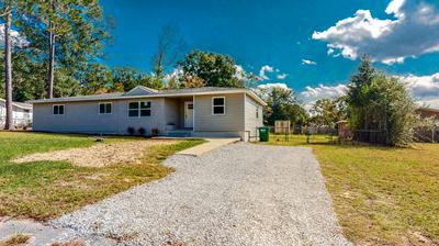 366 W NORTH AVE, Crestview, FL 32536 - Photo 2