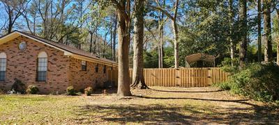 5986 DOGWOOD DR W, Crestview, FL 32536 - Photo 2