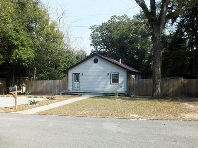 240 N 7TH ST, Defuniak Springs, FL 32433 - Photo 1
