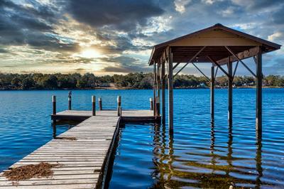 924 PARADISE ISLAND DR, Defuniak Springs, FL 32433 - Photo 1