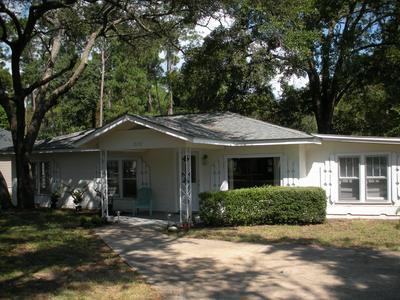 2101 BAYSHORE DR, Niceville, FL 32578 - Photo 1
