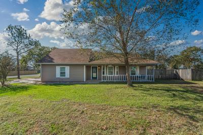 1048 NORTHVIEW DR, Crestview, FL 32536 - Photo 2