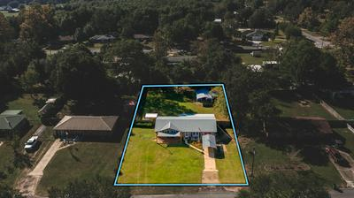 106 HILLWOOD DR, Crestview, FL 32539 - Photo 2