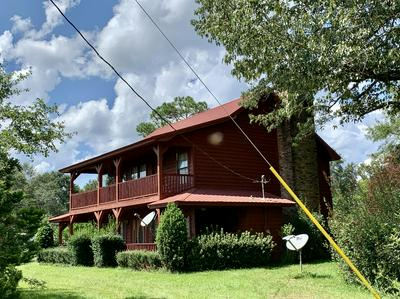 7996 RED BARROW RD, Crestview, FL 32531 - Photo 1