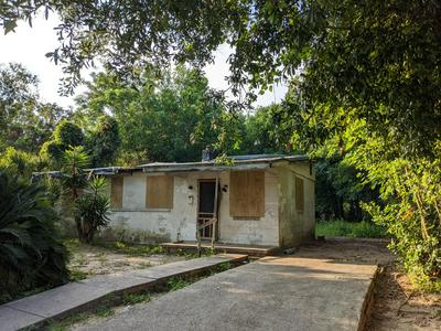 1000 W YONGE ST, Pensacola, FL 32501 - Photo 1