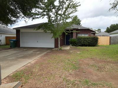 237 LIMESTONE CIR, Crestview, FL 32539 - Photo 1