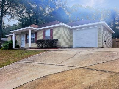 322 LAKEVIEW DR, Crestview, FL 32536 - Photo 2